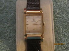 RARE- 14K Omega Swivel-Flex Lug Driver's Watch P01410 ca. 1946