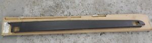 New OEM 2006-2008 Lincoln Mark LT Rear Bed Tail Top Moulding Trim Panel Right