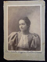 """ANTIQUE PHOTO CABINET CARD VICTORIAN WOMAN W/ NECKLACE & RUFFLES 7.5""""X5"""""""