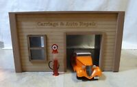 VINTAGE CARRIAGE HOUSE AUTO REPAIR BUILDING  DIORAMA 1/24-25 Scale
