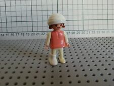 Playmobil People-Child-Pink & White-Bandage Head & Leg-Brown Hair