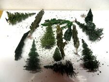 BSS12) lot d'arbres de decor  pour train electrique HO