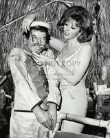 "TINA LOUISE & VITO SCOTTI IN THE TV SHOW ""GILLIGAN'S ISLAND"" 8X10 PHOTO (OP-454)"