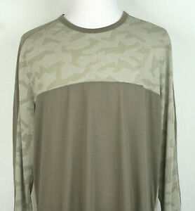 Under Armour camouflage Fitted HeatGear Brown Long Sleeve Crew Neck 2XL