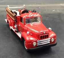 FIRST GEAR 1957 International R-190 Fire Truck Engine 54 Boston 1:34 1/720