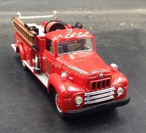 FIRST GEAR 1957 International R-190 Fire Truck Engine 54 Boston 1:34 1/720