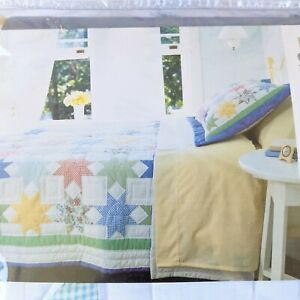 Martha Stewart Morning Star Quilt Twin Size Multicolor NEW