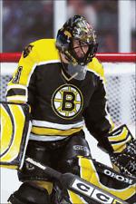 McFarlane Sportspicks 2004 NHL 9 Andrew Raycroft Boston Bruins