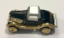 Vintage Tootsietoy Car