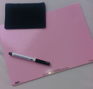 Dry-Wipe Board (Pink 1 side & white the other) A4 size with pen and wiping felt
