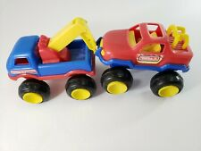 Tonka Jr. Towing Company Tow Truck and Car Plastic 2002 Hasbro Red Blue Yellow