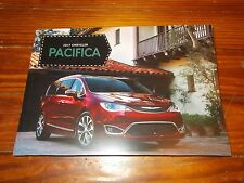 2017 CHRYSLER PACIFICA DELUXE RARE ORIGINAL MODEL INTRODUCTION PRESS KIT