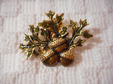 Gold Tone Collectible 2 in wide New! Nib Avon Acorn Motif Pin Brooch Tie Tac