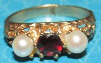 SECONDHAND 9ct YELLOW GOLD GARNET & PEARL 3 STONE RING SIZE L