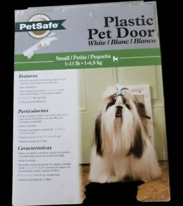 PetSafe Plastic Pet Door White Small 1-15 LB - New in Box