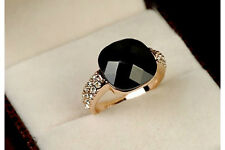 Elegant Ring with a Big Black Square Artuficial Stone Gold/Silver Delicate Ring