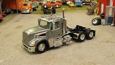 LOOSE GUN METAL GREY DCP VOLVO VT800 OWNER OPERATOR SEMI DAY CAB TRUCK 1:64/