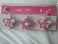 Butterfly novelty clip it, hanging plaque with 3 pegs for hanging. bnip