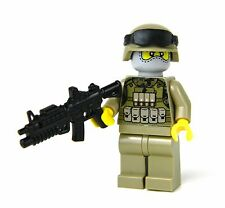 Marine Modern Soldier with MARPAT woodland camo and custom M4 Rifle REAL LEGO