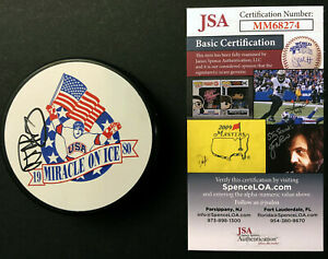 """Al Michaels 1980 USA Hockey JSA COA SIGNED Puck """"Do you believe in miracles?"""