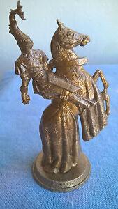 Mokarex Jeu d'échecs figurine dorée Charles le Téméraire Années 60 Duc  Malines