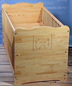 Babybett komplett Set Gitterbett Kinderbett 70x140 UMBAUBAR 2in1 MASSIV Gravur