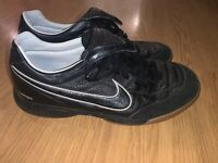 RARE Nike mens Tiempo Mystic II 2 Black & White Shoes 317591-001 size 8.5