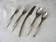 Oneida SLING Stainless 5 Piece Place Setting Flatware NEW in Factory Wraps