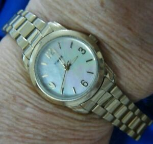 TIMEX MOTHER OF PEARL WR1216 W4 LADIES DEPLOYANT BAND GOLDTONE WATCH NEW BAT A20