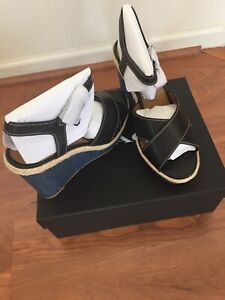 COACH Eaton Sandals Women's Wedges Platform Shoes Casual Heels Size 9.5 NIB