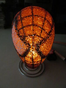"MARVEL SPIDERMAN HEAD MASK SOFT RUBBER DESK LIGHT SUPERHERO 4 1/2"" X 6"" ON STAND"