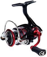 Daiwa 18 GEKKABIJIN MX LT2000S Fishing Spinning Reel From Japan
