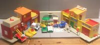Vintage FISHER PRICE 70s Play Village Near Complete Excellent Condition