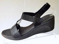 Munro American Women's 9M Vanna T-Strap Black Reptile Print Elastic Wedge Sandal