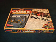 CLUEDO-MURDER AT TUDOR HALL THE CLASSIC DETECTIVE BOARDGAME BY WADDINGTONS 2000