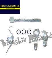 7790 - SET ABRAZADERA FRENO TRASERO Y BRAZO VESPA 125 150 200 PX