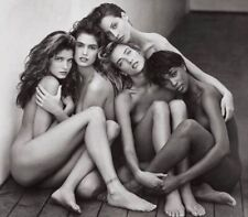 Stephanie Seymour - With The Other Super Models Huddled Nude Together !