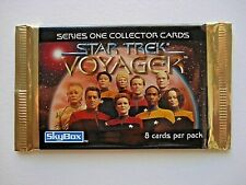1995 SKYBOX *STAR TREK VOYAGER SEASON 1* SEALED FOIL PACK