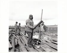 WORLD WAR ll~BUILDING OIL PIPELINE CANADA~(2 PHOTOS)~ AFRICAN-AM. ENG. BATT-1940