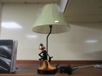 Extremely Rare! Warner Bros Looney Tunes Daffy Duck Giant Table Lamp Statue