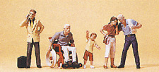 HO 1:87 Preiser Man in Wheelchair / People on Cell Phones FIVE Figures