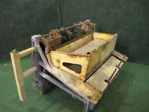LIONEL POSTWAR #164 LOG LOADER part for parts or  restore