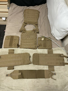 USMC plate carrier: Size-Small. Brand New
