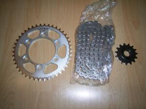 Ducati ST3 ST3S Ketten Set Ketten Satz Kette Kettenrad Ritzel 67620551A