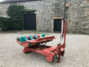 #B1302 Taarup 7120 remote control round bale / stack wrapper Very tidy. Delivery