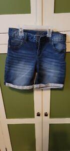 Justice Girls Sz 16 Medium Wash Blue Denim shorts