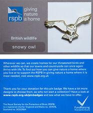 RSPB Pin Badge | Snowy Owl flying | GNaH backing card [00537]