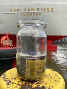 Museumsschiff CAP SAN DIEGO für zuhause - Originalteile im Einmachglas
