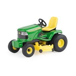 John Deere Ride On Lawnmower 1:32 scale diecast metal toy