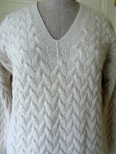 Superbe Beige TSE 100% Heavy Cashmere hand-knitted Chunky Cable V Pull Pull